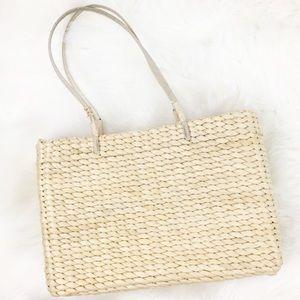 Handbags - NWOT straw corn husk wicker rattan purse tote bag